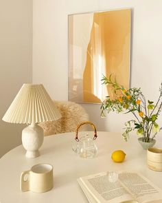 Home Interior, Interior Decorating, Interior Design, City Apartment Decor, Beautiful Home Designs, Aesthetic Room Decor, Retro Home Decor, Scandinavian Home, Minimalist Home