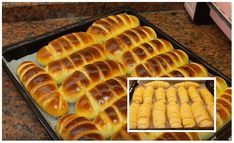 Úžasne jemné a lahodné pečivo s osviežujúcou tvarohovou plnkou. Určite skúste, zamilujete si tú chuť. Výborný recept mám od používateľky cesminaz z varechy. Hot Dog Buns, Hot Dogs, Food And Drink, Bread, Recipes, Basket, Food Recipes, Rezepte, Breads
