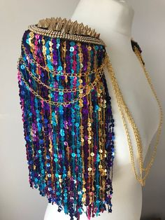 Multicoloured sequin tassel festival epaulettes, tassel shoulder pads, festival epaulettes, tassel festival shoulderpieces, burning man - Arlette KM - My Ideas Festival Looks, Burning Man, Burlesque, Festival Essentials, Rave Outfits, Tomboy Outfits, Emo Outfits, Party Outfits, School Outfits