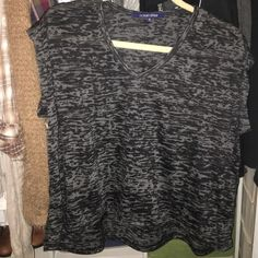 Never worn top In great condition Ocean Drive Tops Tees - Short Sleeve