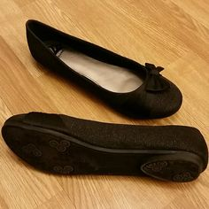 Fergalicuous shoes Black sparkly shoes worn for 1 night Shoes Flats & Loafers