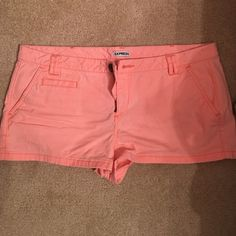 "Express shorts! 10"" shorts in pastel coral color from Express. Zipper and button in tact. Express Shorts"