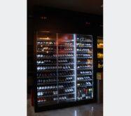 MUEBLE DE VINOS Y EXPOSITOR DE QUESOS - Traben Bengoa Queso, Mixer, Display Stands, Wine, Restaurants, Furniture, Stand Mixer