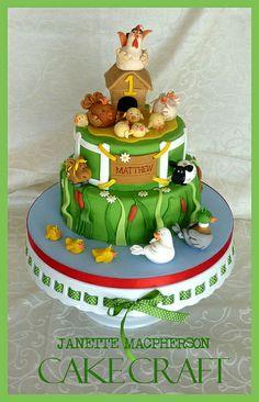 First Birthday Farm Cake Carlos Lischetti Inspired Chickshensrooster All Hand Modelled In Fondant Farm Birthday Cakes, Bithday Cake, Barnyard Cake, Farm Cake, Fondant Cakes, Cupcake Cakes, Cupcakes, Chicken Cake, Horse Cake