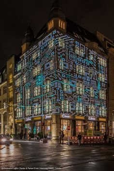Since 2005, we transform #Berlin's #landmarks, buildings and places in a world full of #light #art, #projections, #videomappings and #illuminations. #Events, #tours and #activities around the theme of light make it itself a piece of art. Over 2 m visitors and 1 bn media contacts worldwide account for the success of this event. The #festival has become one of the most famous art and #cultural events in #Germany. http://blog.zander-partner.de/wordpress/ #FOL #FestivalOfLights #Microsoft