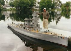Model builder William Terra from Maine, USA has created an incredible 1:20 replica of the famous German cruiser Admrial Graf Spee which served during World War II.