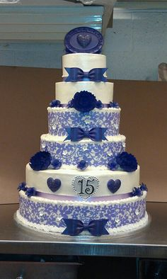Quinceanera Cakes Royal Blue