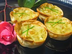Prawn or shrimp prawns Ana Sevilla with Thermomix Quiches, Madrid Food, Great Recipes, Favorite Recipes, Mini Appetizers, Food Platters, Vegetable Drinks, Savoury Cake, Kitchen Recipes