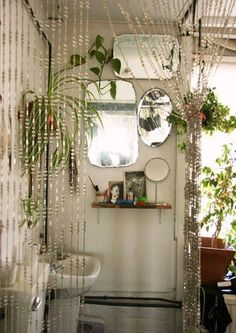 Eclectic kitsch boho bathroom
