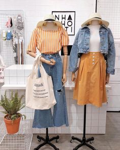 Korean Fashion Trends you can Steal – Designer Fashion Tips Fashion Moda, Pop Fashion, Cute Fashion, Fashion Looks, Fashion Outfits, Fashion Design, Fashion Ideas, Street Fashion, Korean Fashion Trends