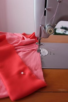 Sweet Verbena: Boho Maxi Dress: a tutorial Maxi Dress Tutorials, Sewing Tutorials, Sewing Projects, Sewing Hacks, Sewing Ideas, Diy Projects, T Dress, Apron Dress, Girl Dress Patterns