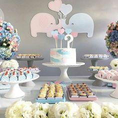 Um amorzinho essa inspiração de decoração para chá revelação no tema Elefantinho. Produção  @celebrart  Bolo: @confitaria  #festejarcomamor #festasinfantis #festa #chadebebe #babyshower #boloparachadebebe #maternidade #gestante #chaderevelacao