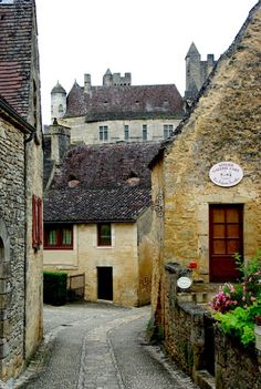 | ♕ | Village road of Beynac-et-Cazenac - Plus Beaux Villages | by © PierreG_09