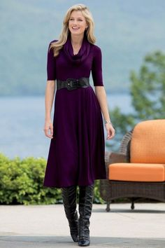 Love this color.  Royal Purple and Royal Blue are two of my favorite colors. Dress looks comfortable.