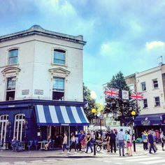 Post boxing brunch in the sunshine  #nottinghill #weekend #summer #thisislondon #pizzaeast #brunch #pic #healthyliving