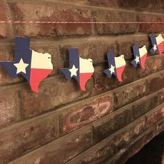 Texas Flag Garland Perfect for a housewarming gift or to show Texas Pride.  Each Texas is 4.5 x 5 inches in size.  Colors are Red, Off White and Blue.