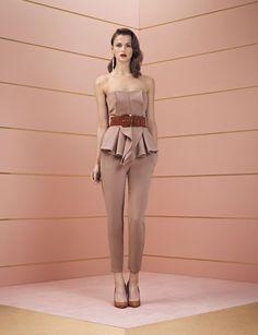 Top strapless con volant dalla collezione autunno inverno 2013 2014 di abbigliamento Elisabetta Franchi.
