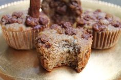 Apple Cinnamon Muffins: Gluten, dairy, and refined sugar free! Apple Cinnamon Muffins, Cinnamon Apples, Iced Coffee, Food For Thought, Sugar Free, Cocoa, Clean Eating, Gluten, Pumpkin