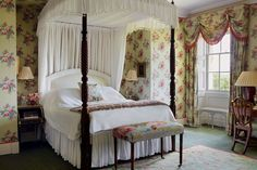 "[i]White bedding provides a crisp contrast to the chintz in the Lake Room; the curtain pelmet is in a traditional swagged style.[/i]  Like this? Then you'll love  [link url=""http://www.houseandgarden.co.uk/interiors/bedroom""]Hundreds of bedroom ideas - from design and furniture to storage and wallpaper »[/link]"