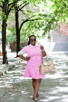 25 Plus-Size Fashion Bloggers That Are Changing The Game  Read more: http://www.stylecaster.com/plus-size-fashion-bloggers/#ixzz33gYxzSgX Plus Size Princess