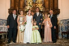 Home wedding: family at the altar