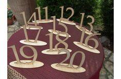 Natúr fa Asztalszám 11-20-ig 10db/csomag - Esküvői kiegészítők - kosarbolt