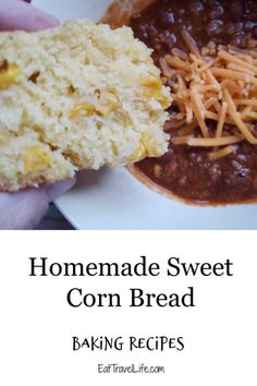 Do you love cornbread? Make the best sweet cornbread recipe here. It's got corn, a little sweet and a great side dish to any meal. #cornbreadrecipe #cornbread #easycornbreadrecipe