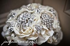 A tutorial on how to make a vintage broach bouquet