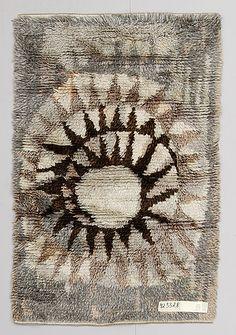 rya Rya Rug, Wool Rug, Inkle Weaving, Weaving Designs, Simple Furniture, Textiles, Tapestry Weaving, Book Making, Rug Hooking