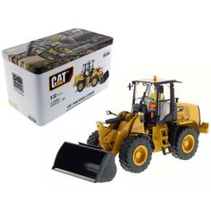 CAT Caterpillar 910K Wheel Loader High Line Series with Operator 1-32 Diecast Model by Diecast Masters