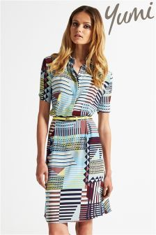 Yumi Geometric Print Dress - great smart casual dress, good colour and pattern Latest Fashion For Women, Latest Fashion Trends, Geometric Dress, Smart Outfit, Dresses For Work, Summer Dresses, Beautiful Outfits, Beautiful Clothes, Dress Outfits