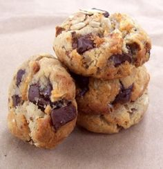 Easy, somewhat healthy cookies. They're cookies after all.