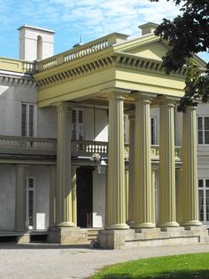 Dundurn Castle - Hamilton, ON. Ontario, Hamilton, Places Ive Been, Facade, Castle, Mansions, House Styles, Home Decor, Facades
