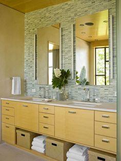 Ideas Bathroom Green Vanity Double Sinks For 2019 Diy Vanity Mirror, Bathroom Vanity Designs, Bathroom Design Small, Bathroom Vanities, Bathroom Ideas, Mirror Makeover, Wooden Bathroom, Bathroom Mirrors, Vanity Ideas