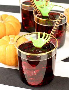Zombie Themed Casillero del Diablo Red Wine Spritzer! ⋆ Brite and Bubbly