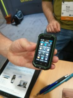 The Sub $150 Unlocked Android mini smartphone from Cedar Tree Technologies, the CMP1 http://lbszone.com/2014/07/28/yeehaw-sub-150-unlocked-android-mini-smartphone-cedar-tree-technologies-cmp1/