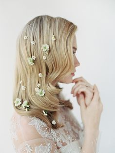 romantic florals in hair
