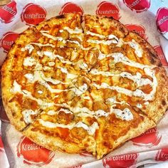 Blue cheese ranch breaded chicken and hot sauce #pizza #kreate #kreatepizza #kreateglendale #whatwillyoukreate #northhollywood #highlandpark #glendale #silverlake #pizzalove #pizzaporn #pizzatime #foodie #foodgasm #foodporn #eat #eater #losangeles #california #eaglerock #goodeats #burbank #calzone #calzonepizza #nutella #banana #nutellapizza #hawaiian