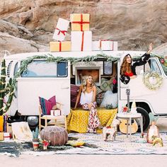 Christmas as we have never seen it! Love this @luluandgeorgia campaign • shot by @monicawangphoto • the Christmas Cactus in the corner has especially inspired us x