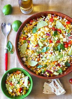 Mexican Corn Salad - Raw - Lowfat - Vegan - Easy to make - Sweet corn can now be GMO so highly recommend buying organic corn for this salad. When you have a choice, choose organic as much as you can to reduce you total pesticide load for the day. Raw Food Recipes, Mexican Food Recipes, Salad Recipes, Cooking Recipes, Healthy Recipes, Vegetarian Mexican, I Love Food, Good Food, Yummy Food