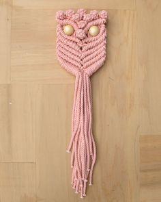 Tamara Maynes Macrame Owl in Peach Marle #crafttuts+ #crafttutorials