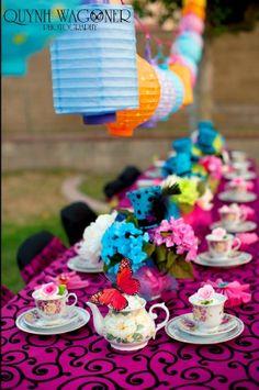 Madhatter tea party, Alice in Wonderland, bridal shower, birthday party, wedding center piece, set up www.quynhwagoner.com