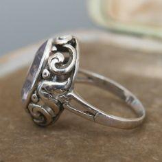 Jugendstil ring.  835 silver and amethyst. View 4.