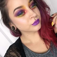 Colorful makeup with the Urban Decay Electric Palette and Sugarpill1