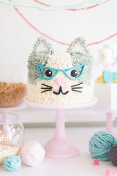 cat cake A kitty cat second birthday party with the most incredibly fun decor Second Birthday Cakes, Birthday Cake For Cat, Girl 2nd Birthday, Birthday Party Themes, Todays Birthday, Birthday Cakes Girls Kids, Birthday Kitty, Geek Birthday, Second Birthday Ideas