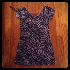 ⬇️REDUCED⬇️ ✨NWT Tiger Print Sheer Shirt✨