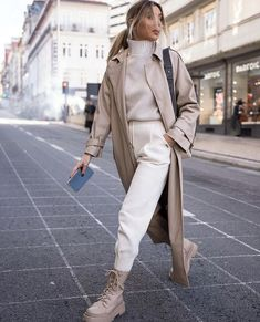 Paris Outfits, Winter Fashion Outfits, Fall Winter Outfits, Autumn Winter Fashion, Casual Outfits, Cute Outfits, Moda Minimal, Fall Maternity Outfits, Fashion Gallery