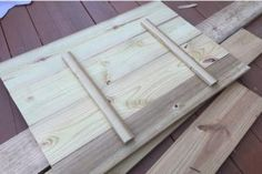 A bench. A cooler. The most amazing Cooler Bench you've ever seen. Check out these free DIY-friendly plans. Wood Cooler, Diy Cooler, Cooler Box, Pallet Patio Furniture, Furniture Projects, Wood Projects, Diy Furniture, Garden Furniture, Outdoor Cooler