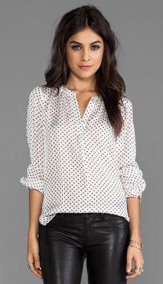 blouse w. faux leather leggings/skinnys