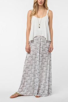 Urban Outfitters - Tallow Valle Nevado Maxi Dress